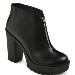 CHUNKY 90s GRUNGE BLACK ANKLE SPRING BOOTS SIZE 6